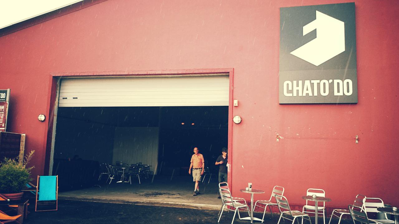 Le Hangar